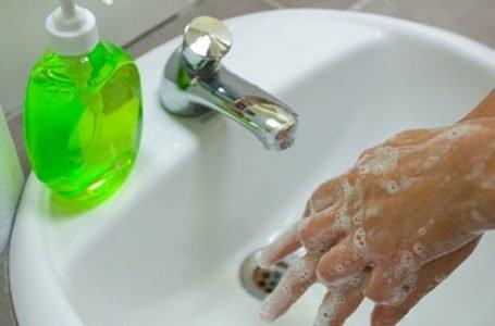 La principal medida para prevenir el coronavirus es el lavado de manos