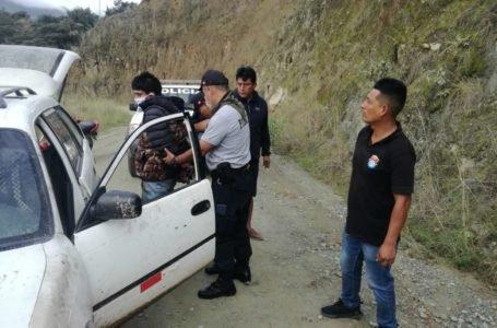 Detienen a sujeto con autopartes de vehículo que habría sido robado