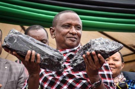 Humilde minero africano se hace millonario al vender un extraño mineral