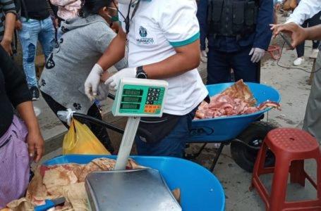 Huánuco: policías y serenos incautan carne de cerdo en condición insalubre