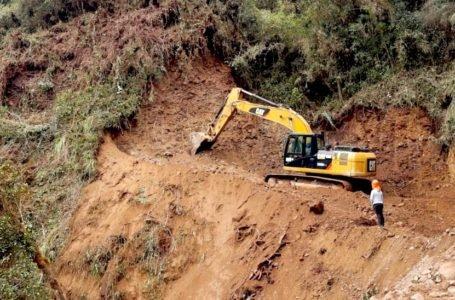 Ponen en marcha construcción de anhelado camino vecinal que unirá Pachitea con Puerto Inca