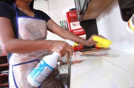 ¿Usas lejía y desinfectantes? Conoce las mezclas que nunca deberías hacer