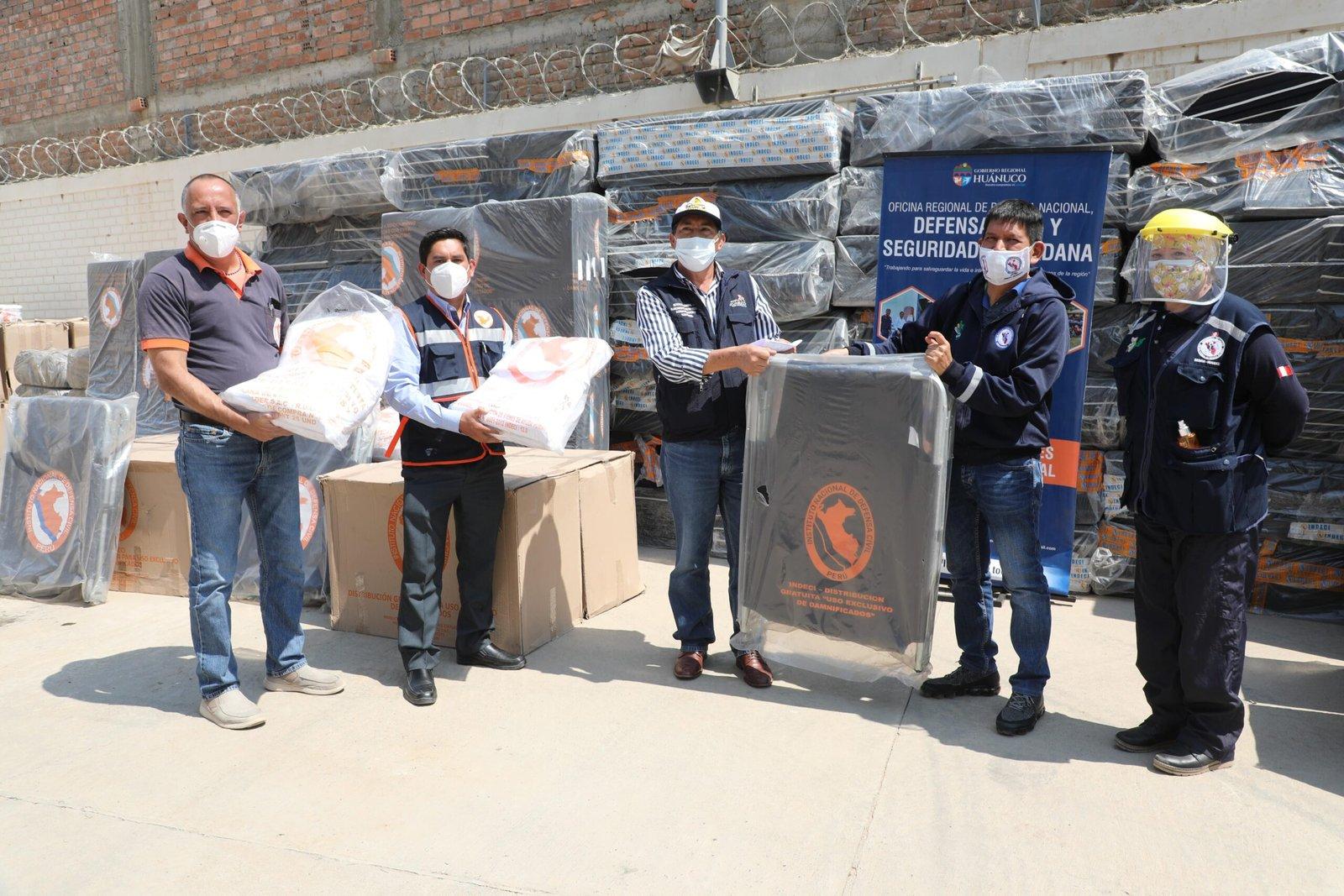Gobernador entrega 11 toneladas de ayuda humanitaria para atender a pacientes Covid