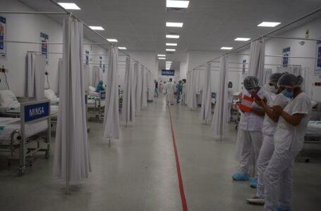 Centro de atención temporal para pacientes covid en hospital de contingencia cuenta con 50 camas