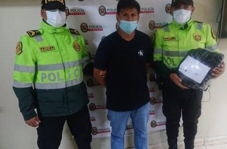 Sorprenden a pasajero trasladando droga escondida en sus pertenencias