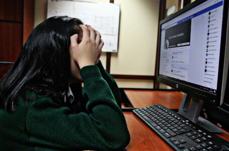 Estas son las ciberamenazas que podrían sufrir los niños y adolescentes en redes sociales