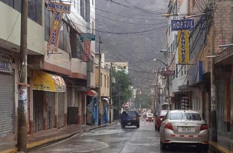 Disponen embanderamiento de viviendas en Ambo por aniversario de la provincia